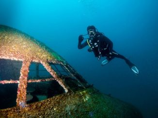Bahrain underwater theme park opens 2019